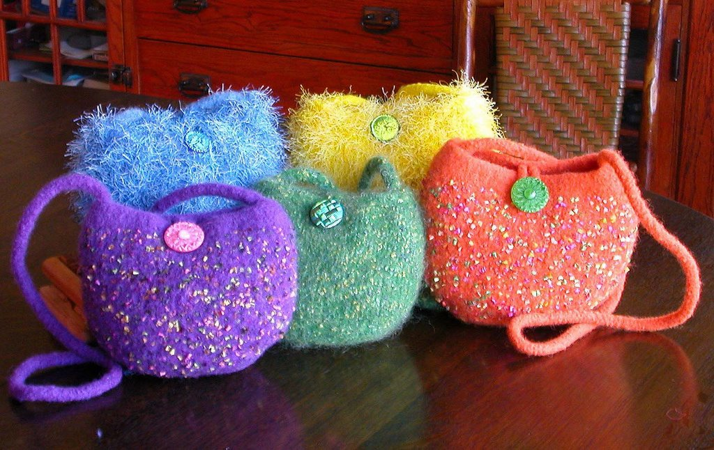 Felted Handbag Workshop: Free Pattern -- The Coco Bag
