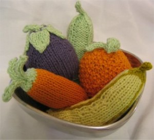 Baby Fruit and Veggie Rattle Patterns ? Knitting Bee