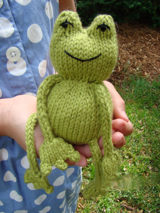 Knitted Frog Pattern : Free Online Knitting Patterns For Toys images