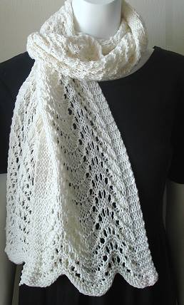 Ripple Stitch Knitting Pattern Scarf : FAN AND FEATHER KNITTING PATTERN FREE KNITTING PATTERNS