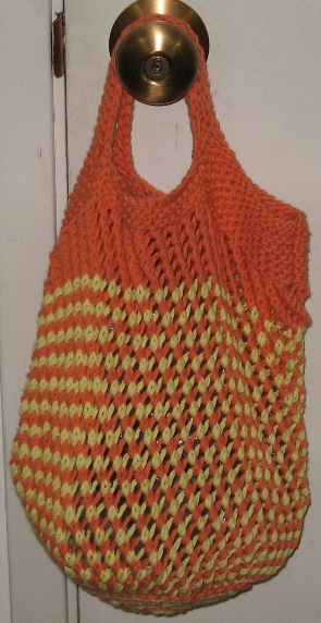 Knitted Bags Free Patterns : Find the free bag knit pattern here: link