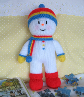 Free Knitted Bean-Bag Snowman Pattern: Knit Cute Christmas Stand