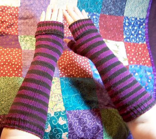 Cap Knitting Patterns : 44 free knitting patterns tagged Gothic Knitting Bee Page 3 (44 free knit...