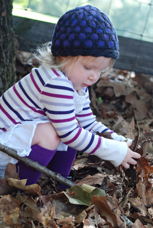 Find the free toddler and child hat knitting pattern here: link