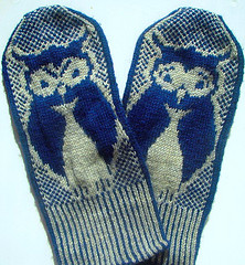 Free Knitting Pattern: Jiffy® Thick & Quick® Mittens