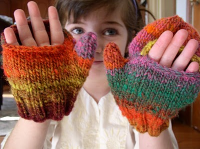 Childs Hat Scarf Mittens CROCHET PATTERN | eBay