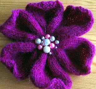 Flower Knitting Patterns Free : KNIT FLOWER PATTERN FREE 1000 Free Patterns