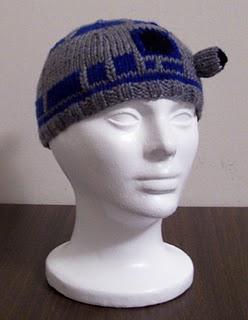 R2D2 Beanie Knitting Pattern