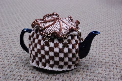 tea-cozy-checkered