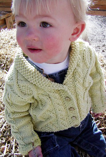 Free Knitting Pattern Baby Aran Cardigan : ARAN FREE KNITTING PATTERNS FREE PATTERNS