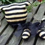 Baby Booties with Arrowhead Cuff