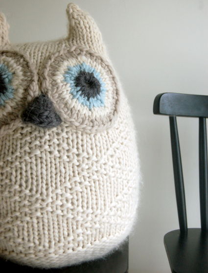 Snowy Owl Knitting Pattern : Pin Owl Cushion Crochet Pattern 235 on Pinterest