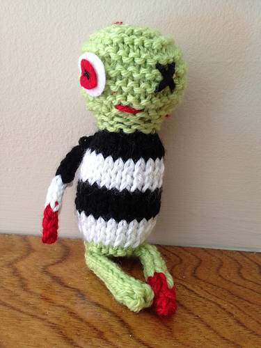 knitted zombie pattern