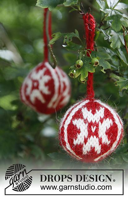 Christmas Balls in Alpaca