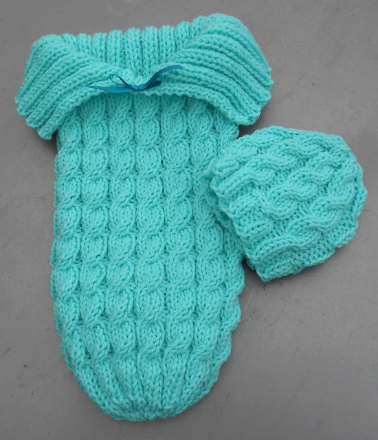 Knitted Bags Free Patterns : Free sleeping bag Patterns ? Knitting Bee (6 free knitting patterns)