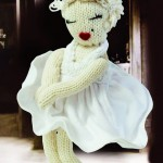 knitting pattern marilyn Monroe doll free