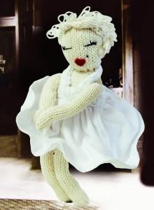knitting pattern marilyn Monroe doll free