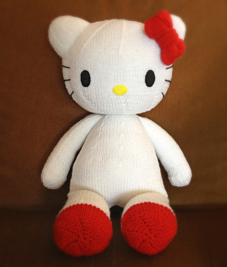 Hello Kitty Knitted Plush Toy Knitting Bee