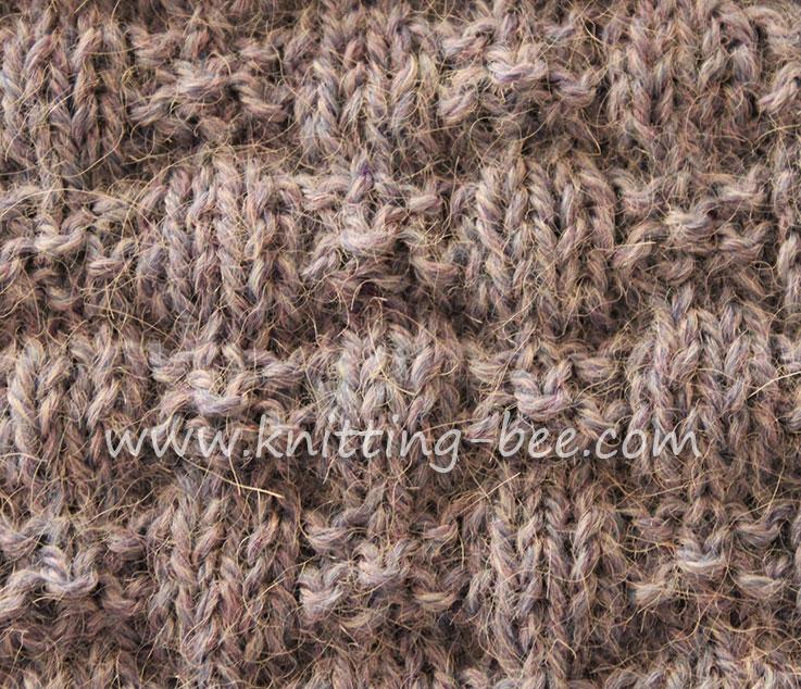 knotted-ribbons-stitch-pattern-knitting