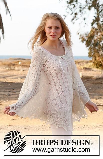 Honeymoon Poncho With Lace Pattern Knitting Bee
