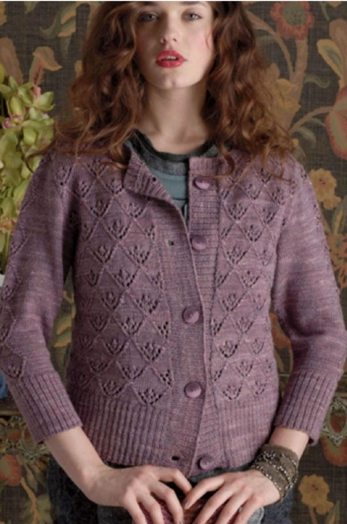 Triangle lace pat cardigan knitting bee stunning cardigan knitting pattern with a triangle lace motif lace pat jacket bankloansurffo Image collections
