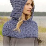 Maid Marian Neck Warmer With Hood