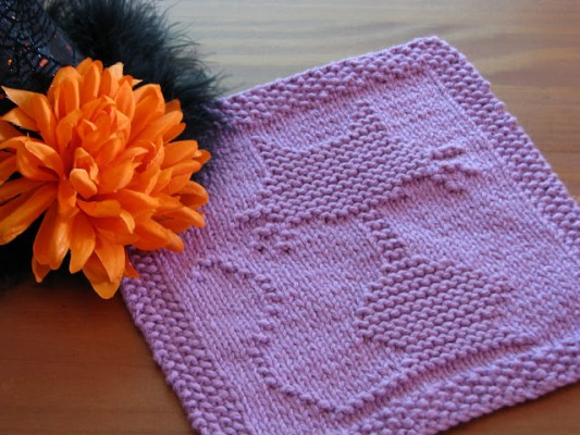 crafty cat halloween dishcloth