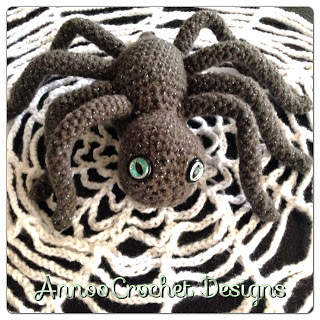 Halloween Spider and Web Crochet Pattern ⋆ Knitting Bee