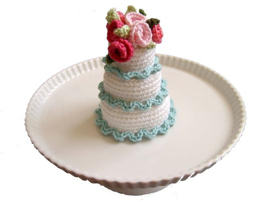 Free free crochet cake patterns Patterns ⋆ Knitting Bee (3 free ...