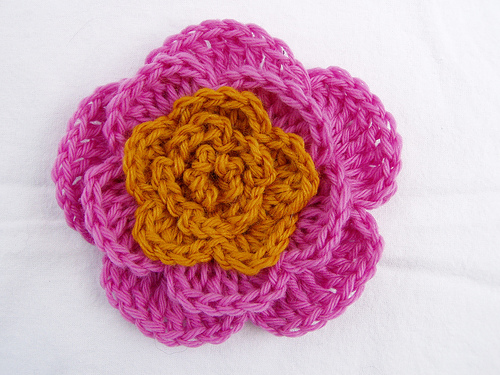 5-Petal Flower to Crochet