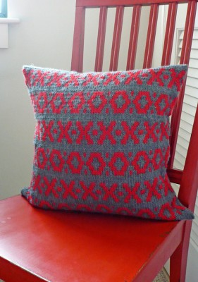 Xs and Os Pillow Cover front