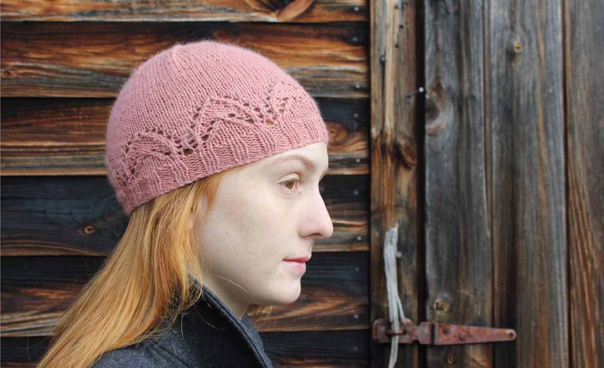 Eyelet Arch Hat Knitting Pattern ⋆ Knitting Bee