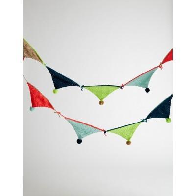 Bunting Banner free knitting pattern