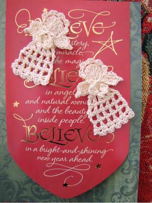 Tiny Christmas Angel - A Free Crochet Pattern