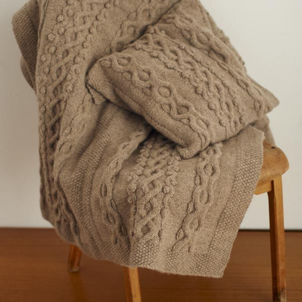 Free Bobble and Waves Throw and Cushion knitting pattern