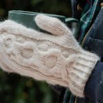 Knitting pattern: Medallion mittens