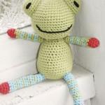 Frankie - Free Crochet Frog Pattern