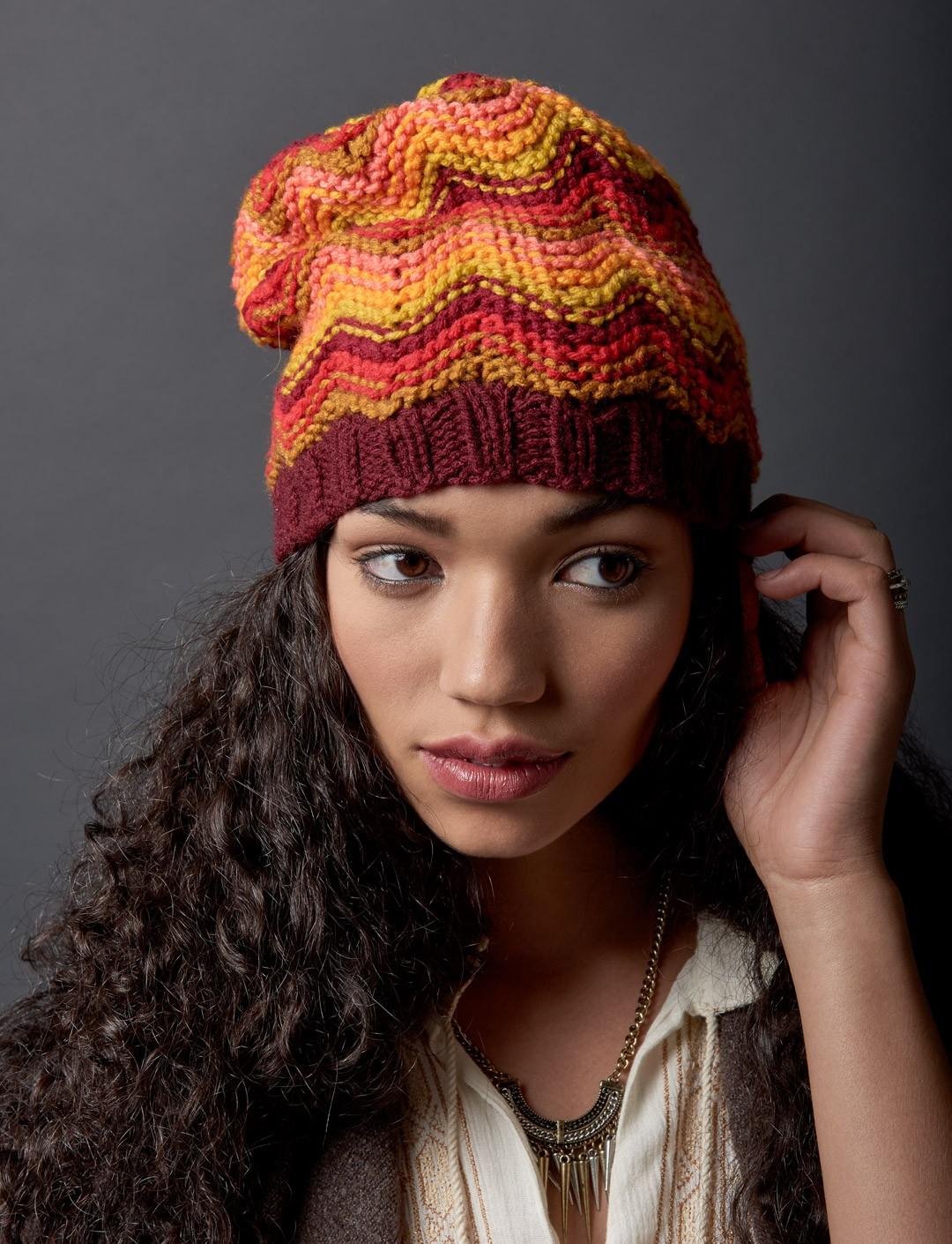 Make Waves Hat - Free Hat Knitting Pattern ⋆ Knitting Bee