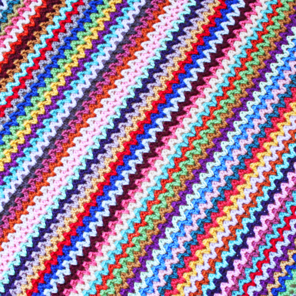 CROCHET V STITCH BLANKET PATTERN