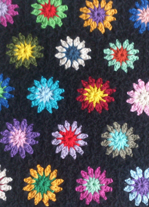 Flowers in Black - Free Crochet Pattern