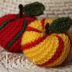 Striped Apple Ornament - Free Knitting Pattern