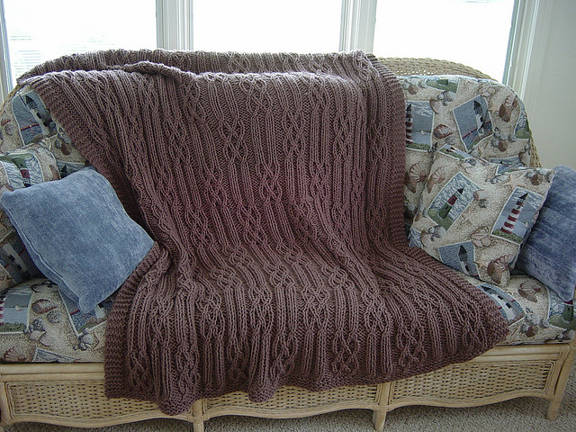 Afghan Knitting Patterns : Cables & Twists - Free Afghan Knitting Pattern ? Knitting Bee