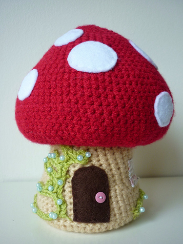 Crochet Korknisse and Toadstool Tutorial 2