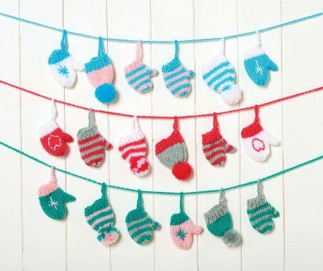 Festive Garland Free Christmas Knitting Pattern