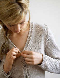 Fitted-Vee-Neck-Cotton-Cardigan-free-knitting-pattern-2