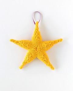 Knit Star Ornament - Free Knitting Pattern
