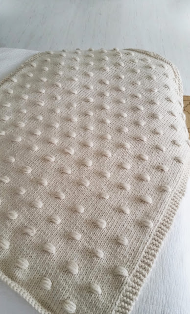 Maine Squeeze Free Blanket Knitting Pattern ⋆ Knitting Bee