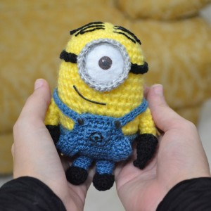 Free Free Crochet Minion Amigurumi Pattern Patterns