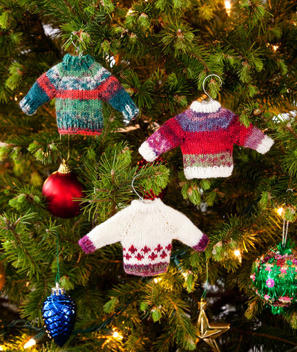 41 free knitting patterns tagged Free Christmas Tree Ornaments Knitting Patte...