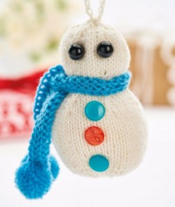 Quick-Knit Christmas Decorations for Snowman